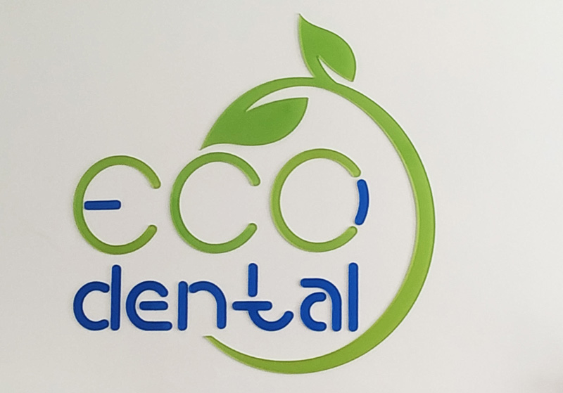 Eco Dental – logo plexi